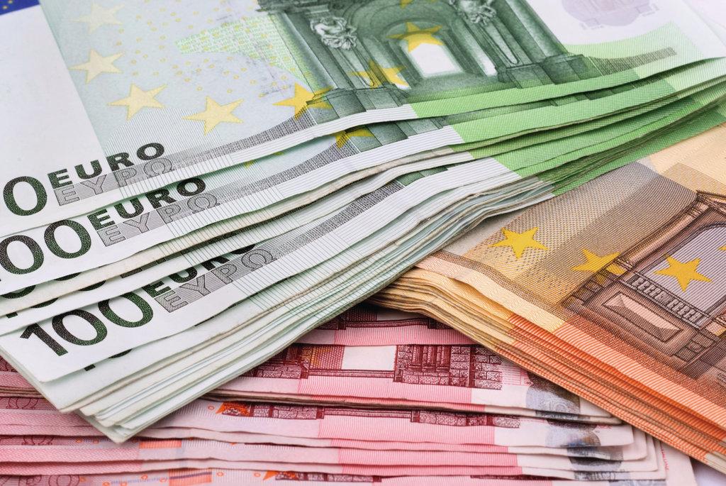 The Economist: l'euro a rischio. Dove investire oggi?